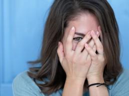 Woman embarrassed about lichen schlerosus