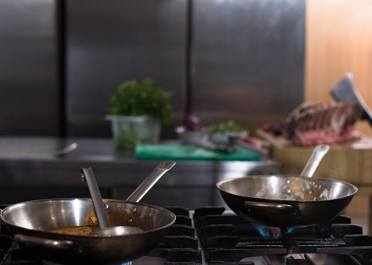 Metal cookware, a hidden source of nickel