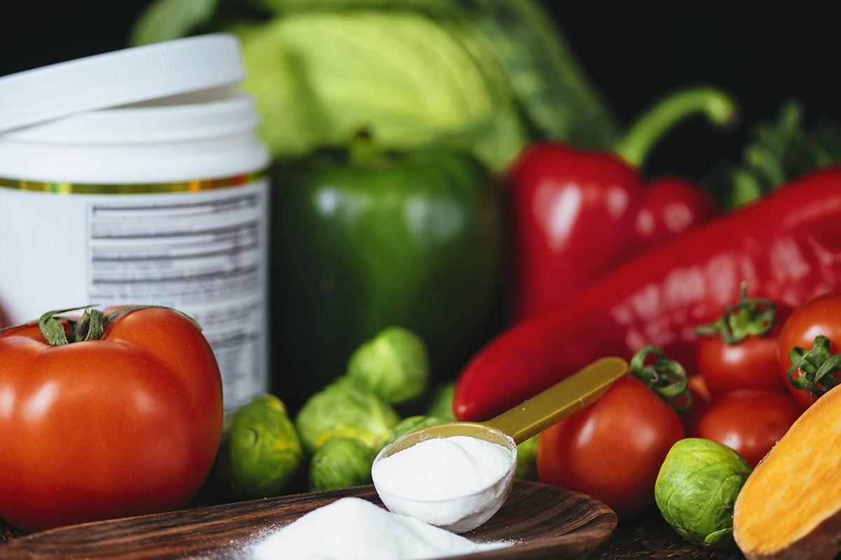 Collagen powder and vegetables