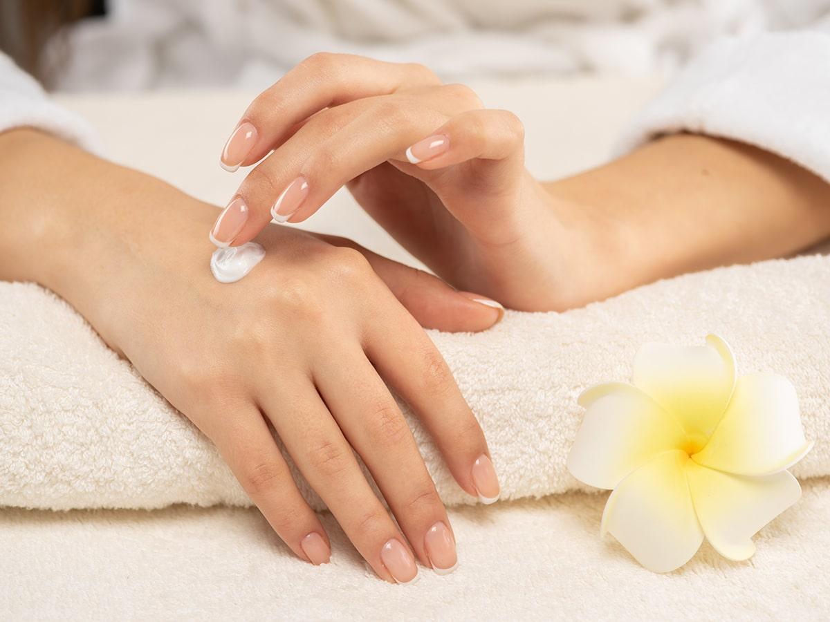 Hand moisturizer